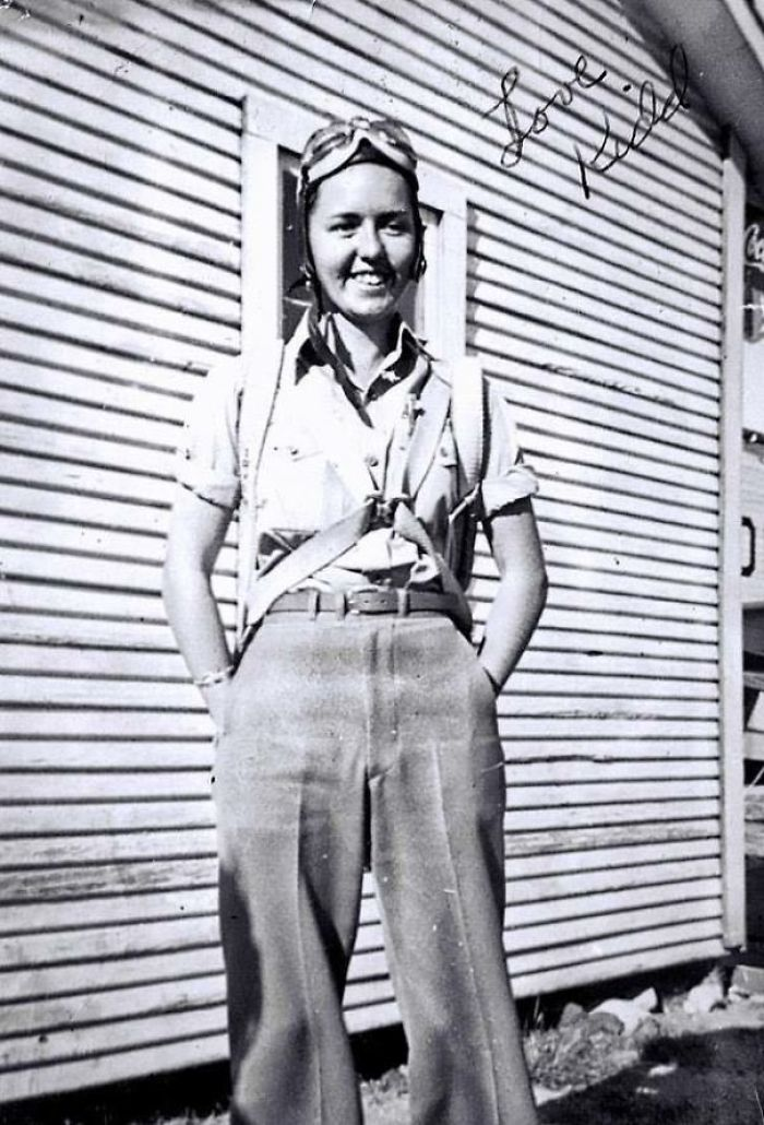 A Mi Abuelita (Con El Mote Kidd) No Se Le Permitió Unirse A La Fuerza Aérea Porque Era Una Mujer, Así Que Enseñó A Jóvenes A Volar En Stephenville, Texas, Durante La Segunda Guerra Mundial - 1940s