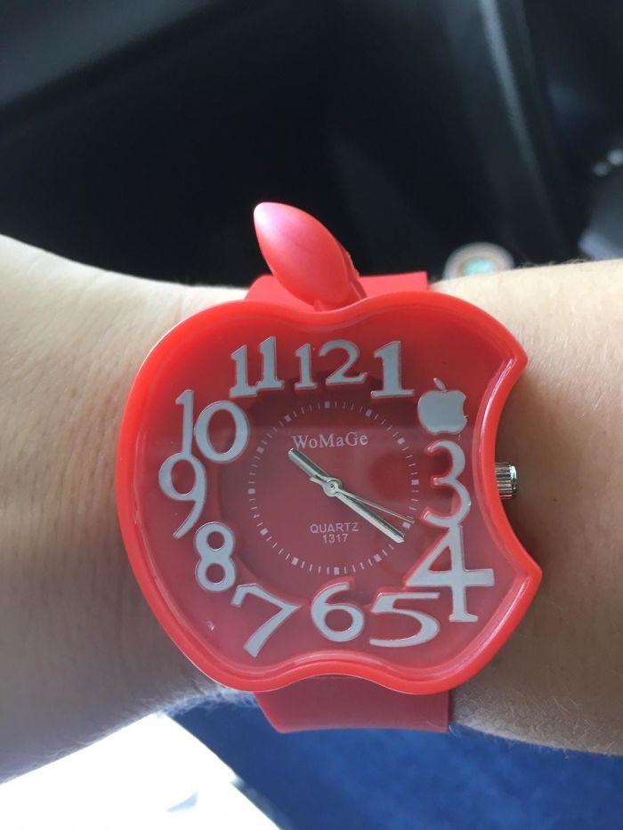 Me robaron mi reloj de Apple y mi novio me ha comprado este para sustituirlo