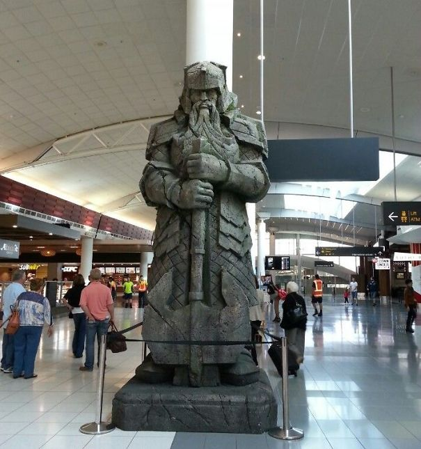 15 Foot Tall Dwarven Statue At The Auckland Airport In New Zealand