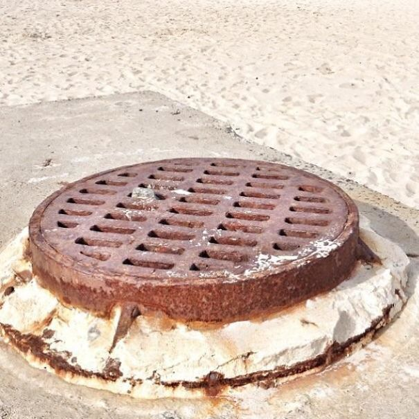 This Sewer Cap On The Jersey Shore Looks Like A Cookie Sandwich That Melted A Little From The Sun