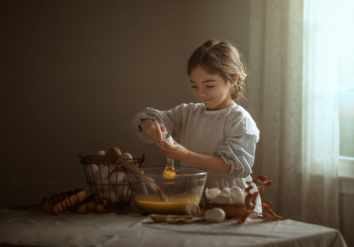If You Have Ever Tried Making An Omelet, Pancakes Or Waffles With Your Child, You Must Have Seen The Joy Of Accomplishing Something In Their Eyes, The Delight That Comes With Being Useful And Helping Out.