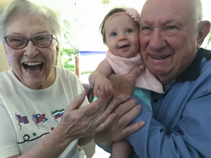 90+ Year Old Great Grandparents Meet 4 Month Old