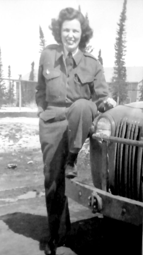 Mom-May-1945-5a105e978350a.jpg