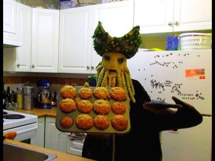 Davy Jones Makes Muffins