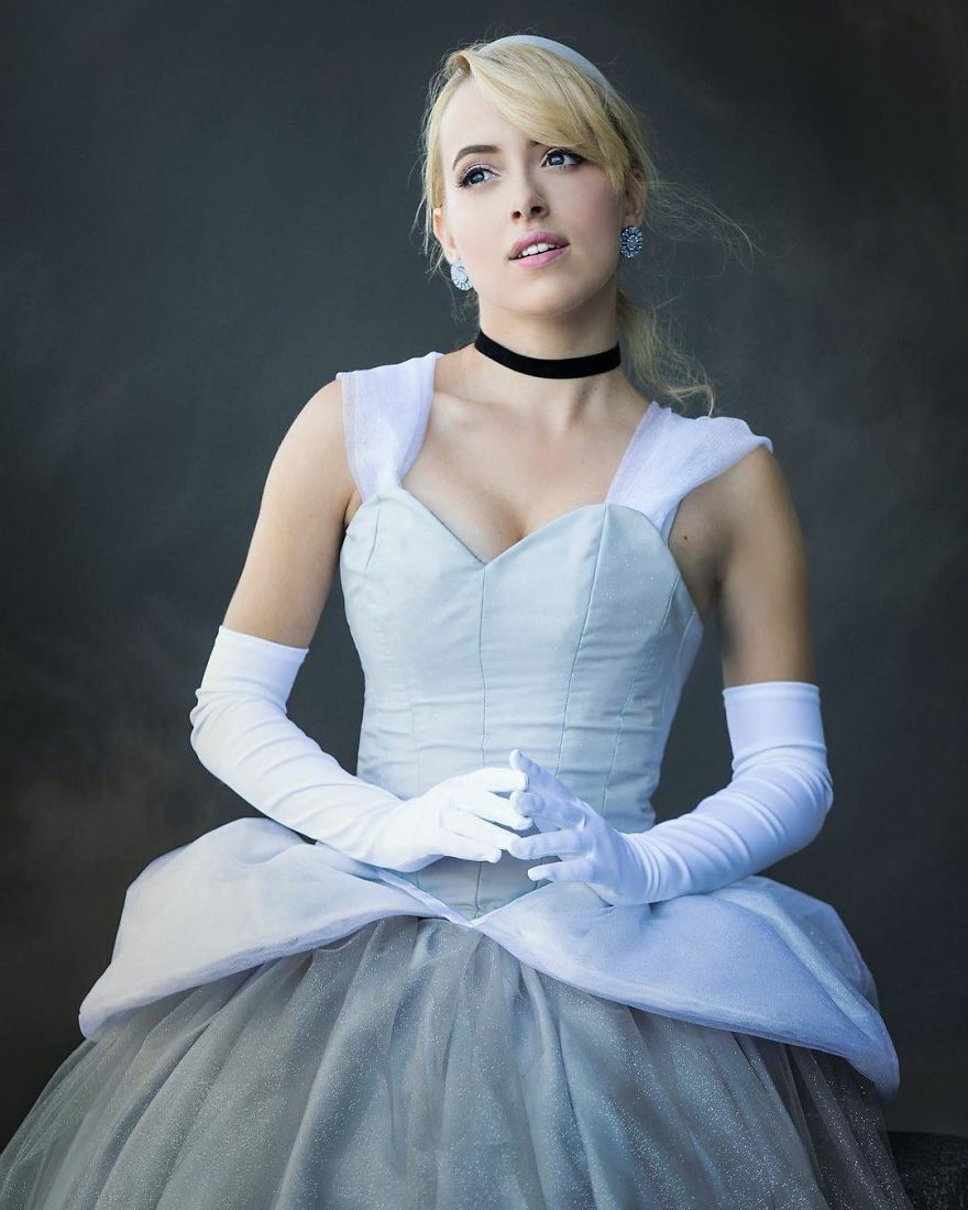 Woman Does Incredible Cosplay Work Of The Disney ...