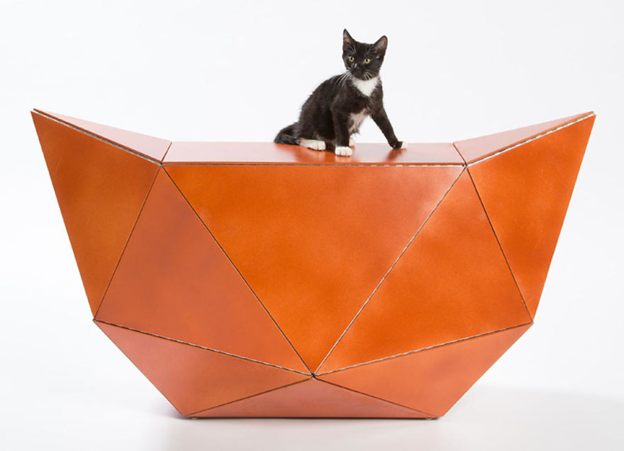 """ES-EN-EM's """"Meow Miaow,"""" A Flat Plywood Composition That Folds Into An Origami-Inspired Piece Of Furniture"""