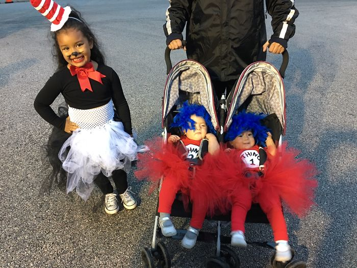 Cat In The Hat With Thing 1 & Thing 2