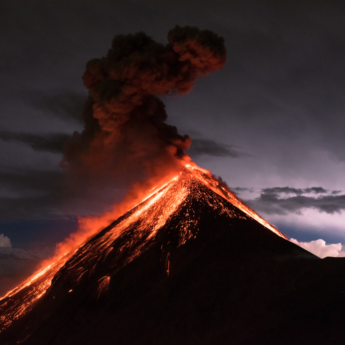I Captured The Beauty Of The Volcano Fuego During The Eruption