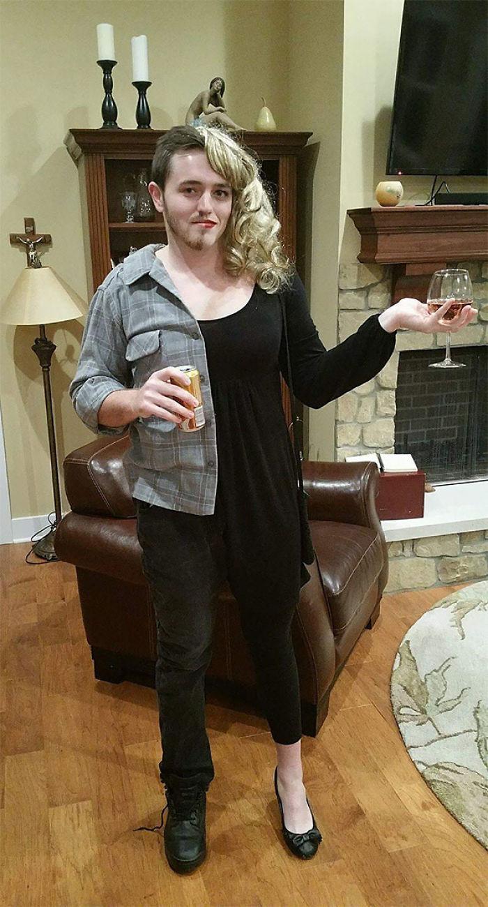 Mi hermano dijo que su novia no podía ir a la fiesta de Halloween, así que él vino por los dos