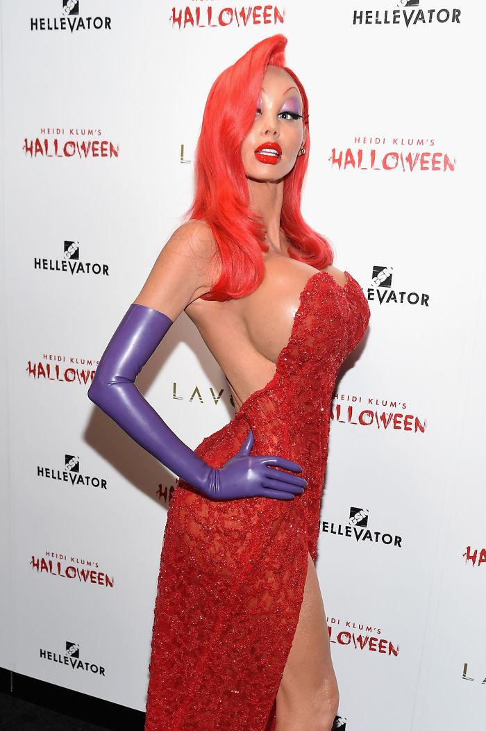 halloween-costumes-heidi-klum-10-59eef3f8c6b91__700