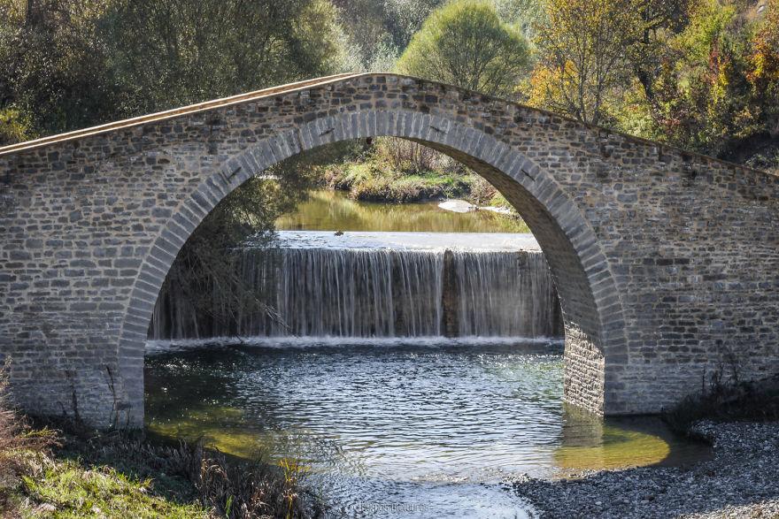 Dasillio Bridge, Grevena. Built 1910