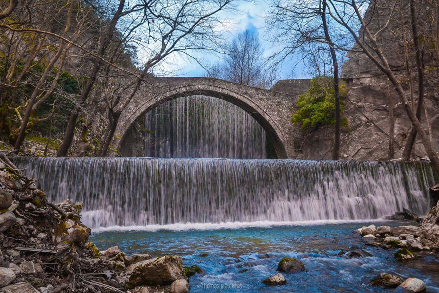 Γέφυρα Παλαιοκαρυάς, Τρίκαλα. Χτισμένο γύρω στο 1500