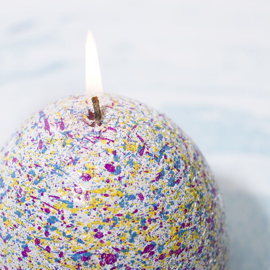 This Egg-Shaped Candle Contains A Baby Unicorn That's Ready To Hatch From Its Rainbow Lair