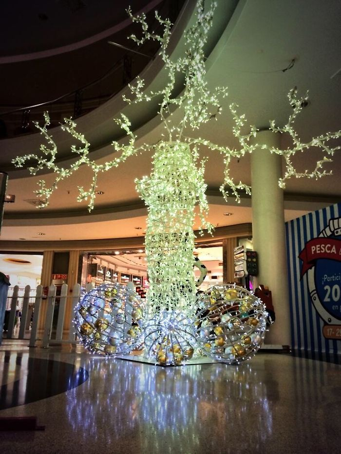 Christmas Tree In The Mall
