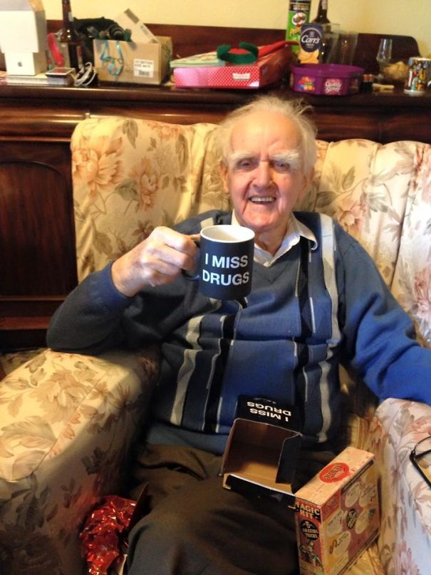 Last Year My Friend's Mum Got His 94 Year Old Great Grandfather A Mug Saying, 'Nobody Knows I'm Gay'. This Year She's Taken It Up Another Notch