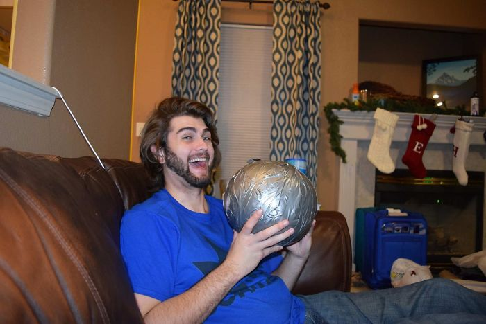 This Guy Wanted To Take Revenge For His Sister's Obnoxious Gift Last Year, And The Result Is Pure, Packaged Evil