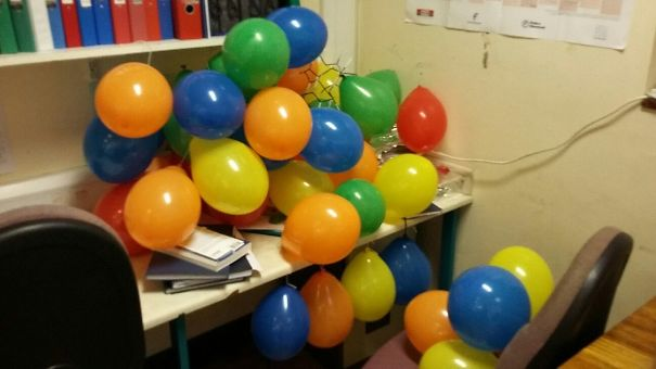 181 People Share Their Most Genius Office Pranks And Some Of