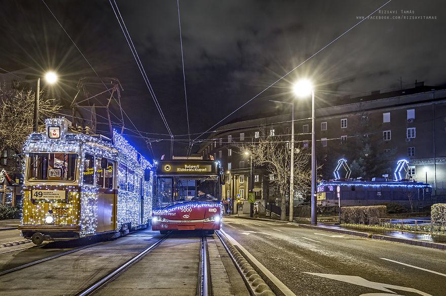 I Spent The Last Three Christmas Seasons Capturing The Wonderful Festive Air Of My Hometown