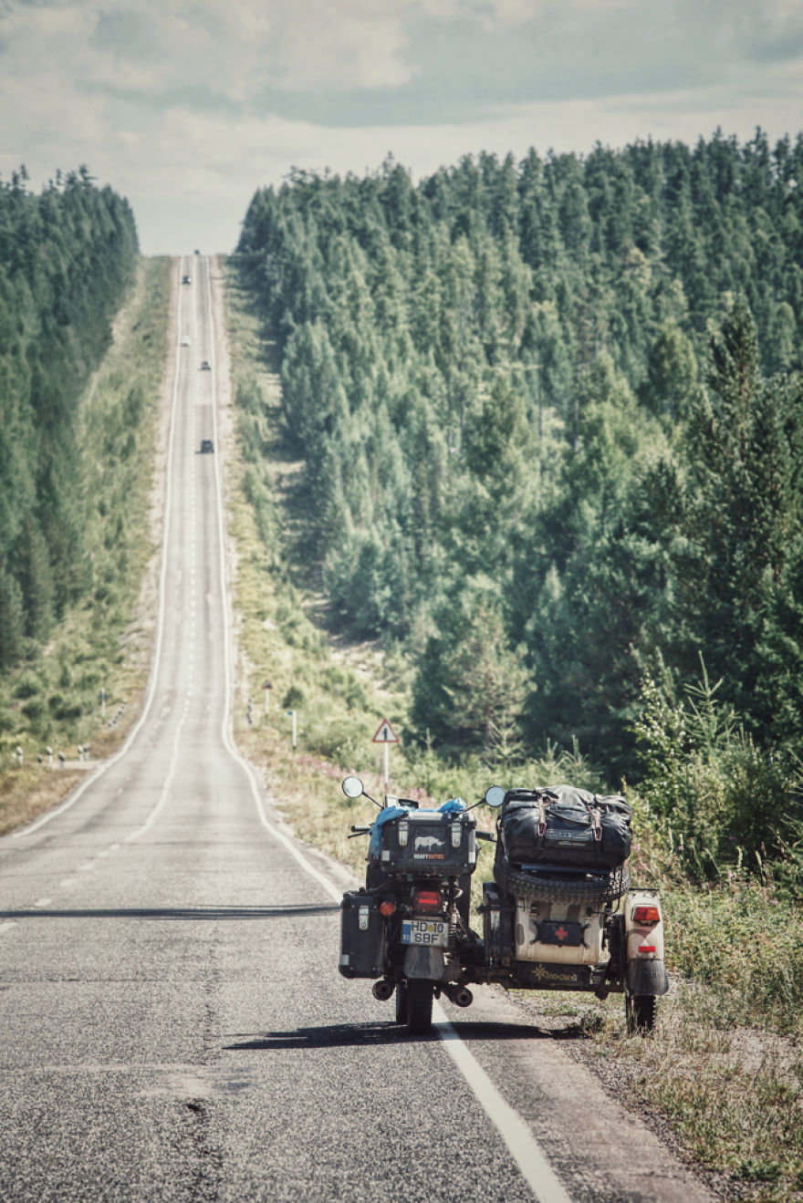 The Endless Siberian Roads, In Russia