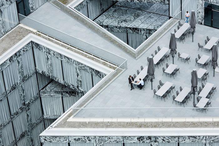 Oficinas Centrales De Allianz, Adrien Barakat (2º En Arquitectura Y Espacios Urbanos)
