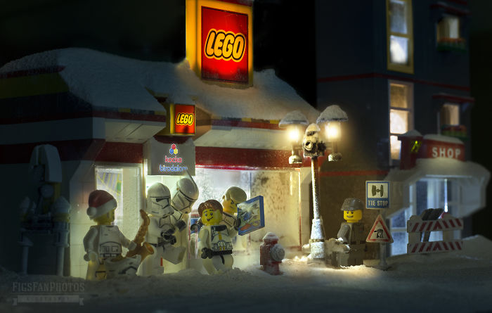 Merry Force Be With You! I Couldn't Wait To The Premiere So I Created Xmas Themed Lego Star Wars Photos