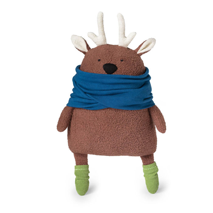 Plush Artist Shares How To Make Cuddly Stuffed Deer From Eco-Friendly Materials