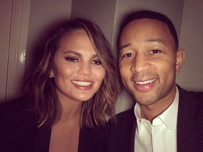 chrissy-teigen-tokyo-los-angeles-flight-return-1