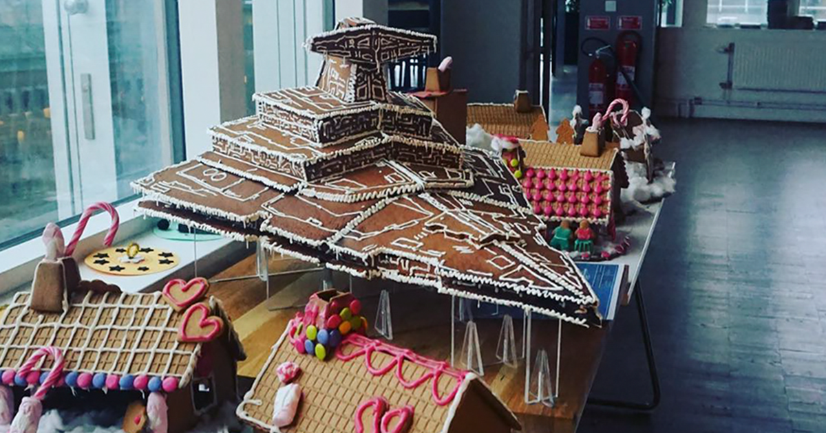 This Giant Gingerbread Imperial Star Destroyer Just Put All Gingerbreads To Shame