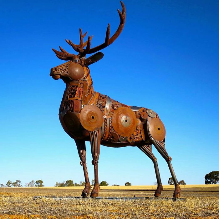 +10 Amazing Metal Sculptures From Australian Artist