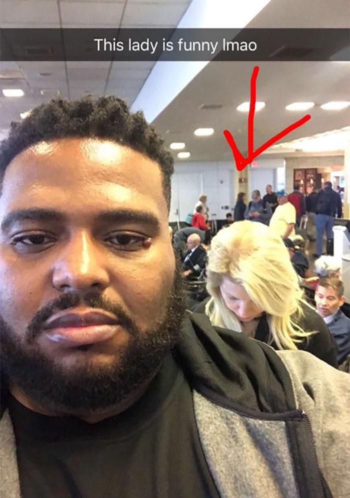racist-woman-boarding-flight-meet-emmit-walker (13)