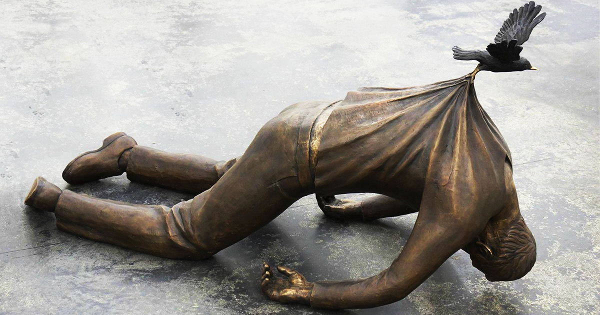 21 gravity defying sculptures that will make you look twice bored