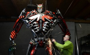 Polish Artist Turns Scrap Metal Into Incredible Sculptures