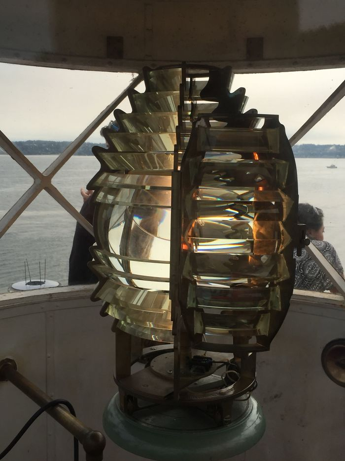 What The Light Inside A Lighthouse Looks Like (With The Original Fresnel Lens)