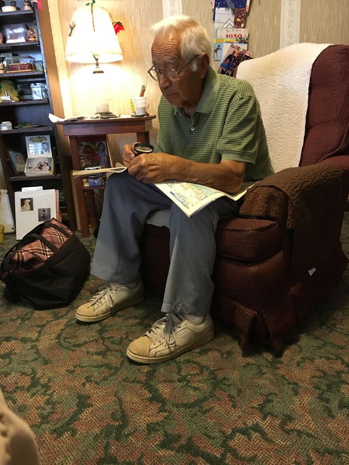 Llevan 62 años casados, pero mi abuelo aún saca su atlas de carreteras para demostrar que la abuela no tiene razón