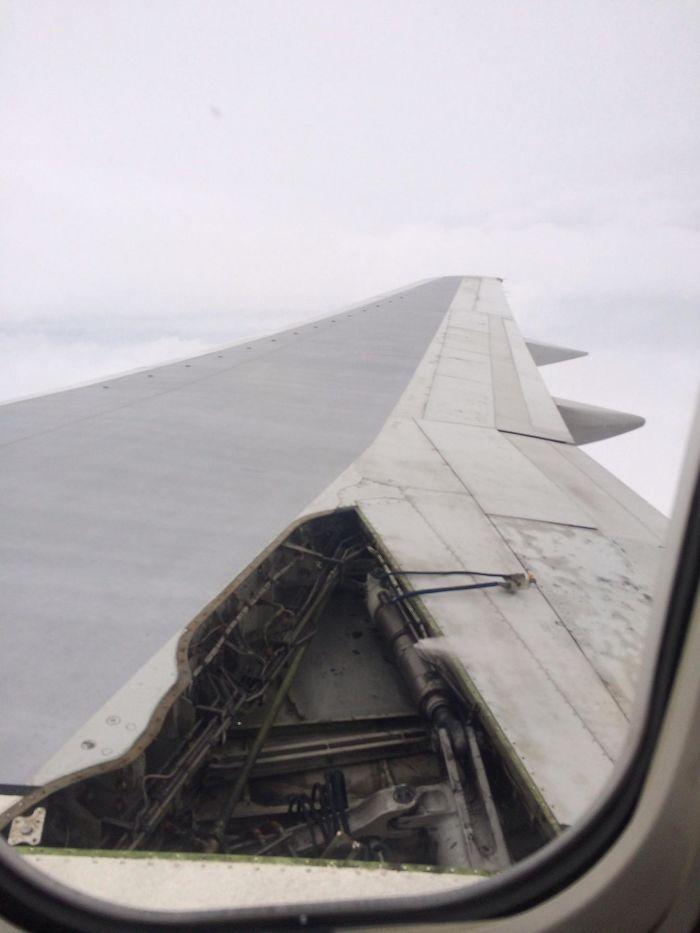 Esto ocurrió en pleno vuelo. Todo el avión se sacudió y casi nos cagamos encima