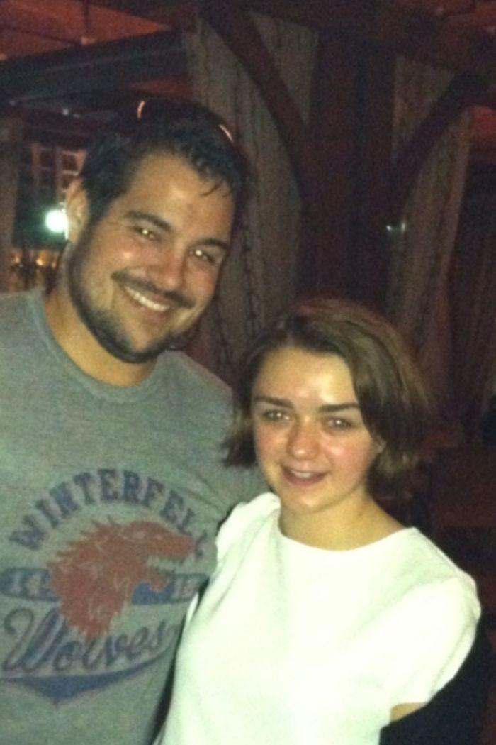 Llevaba mi camiseta de los Stark y me encontré con ella