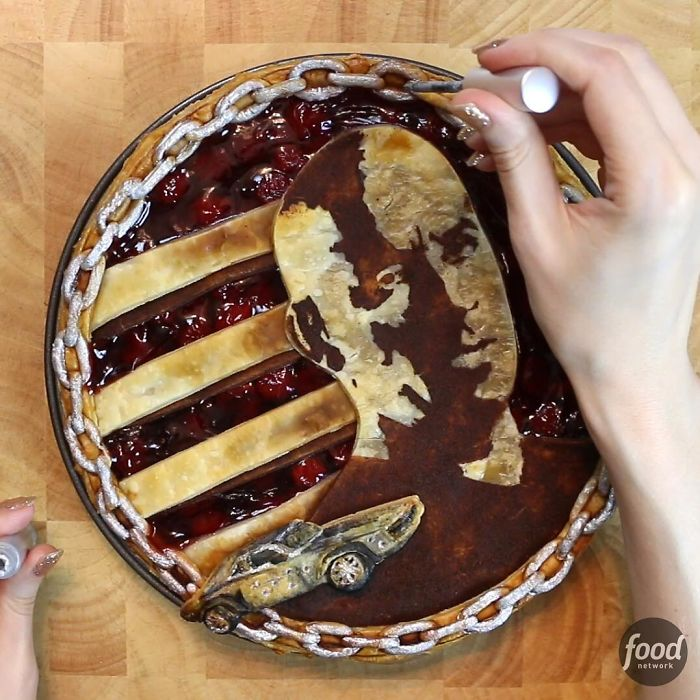 A Cooking Artist Creates Incredible Pies That Would Be A Sin To Cut Them