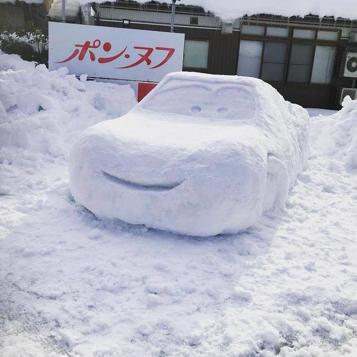 Heavy-Snow-Tokyo