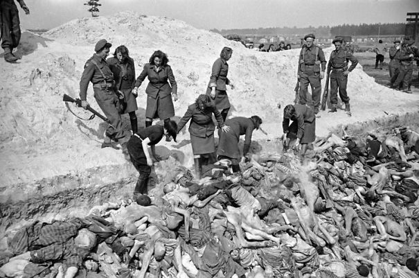 BergenBelsen_1945_UK_Army_and_Fem_SS_Mass_Grave_George_Rodger_Kike_TimeLife_Kike_Getty-5a586f769ac44.jpg