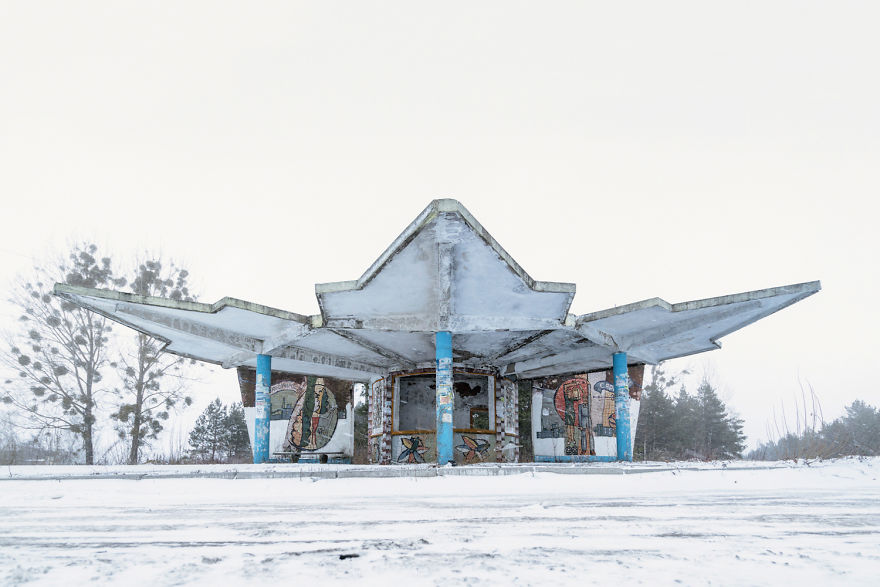 Bus Stops With Amazing Architectures Photographed By Christopher Herwig (New Pics)