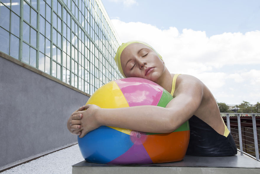 These Hyper Realistic Sculptures Will Confuse Your Mind
