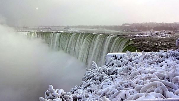 NiagaraFalls_20-5a4ef1024c7b1.jpg