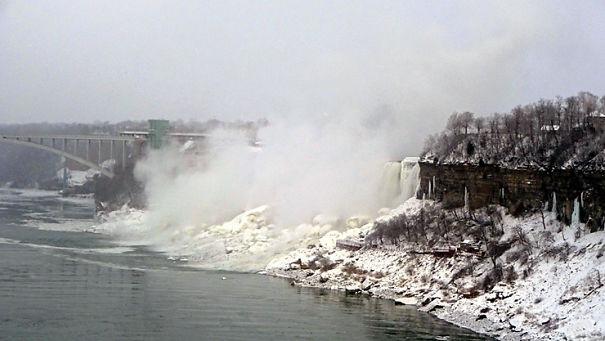 NiagaraFalls_23-5a4eee66a8f1b.jpg