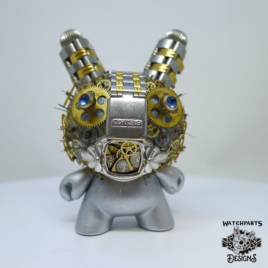 Turning Iconic Objects Into Steampunk Sculptures