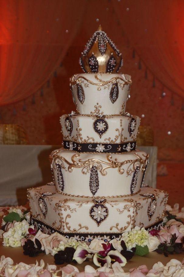 e5ca179a9113fedbf28ea9c4db1255ad-indian-cake-indian-wedding-cakes.jpg