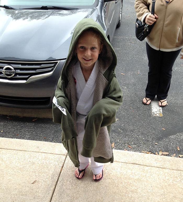 Mi hija tenía frío tras su clase de karate y se convirtió en jedi accidentalmente