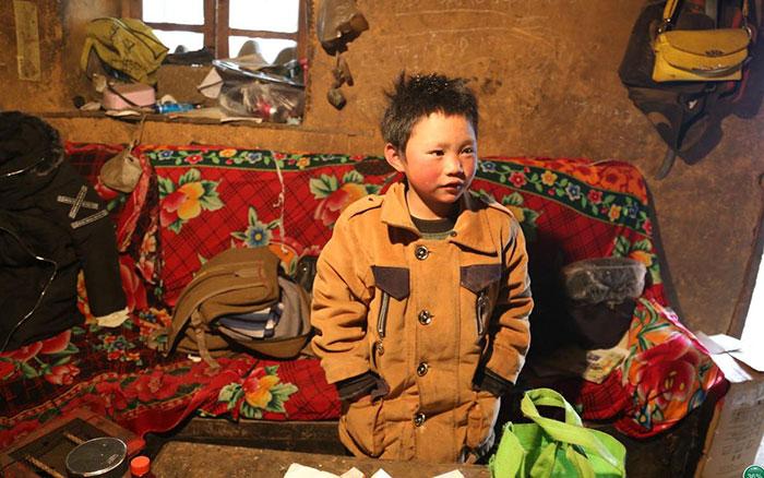 ice-boy-walk-freezing-cold-school-wang-fuman-china-5