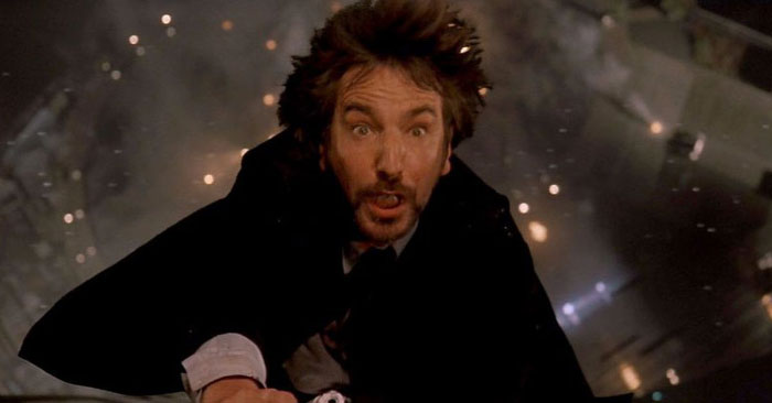 In Die Hard, Alan Rickman's Petrified Expression While Falling Was Completely Genuine. The Stunt Team Instructed Him That They Would Drop Him On The Count Of 3 But Instead Dropped Him At 1