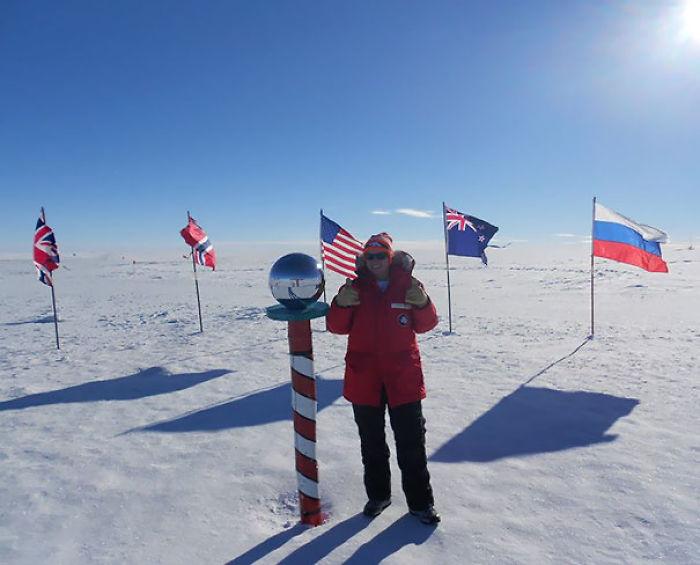 Mis amigos llegaron lejos para demostrarme que de verdad hay un polo en el Polo Sur