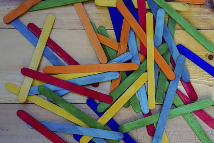 popsicle-sticks-help-girlfriend-anxiety-depression (5)
